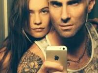 Adam Levine se transforma en rubio