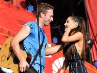 Coldplay y Ariana Grande versionaron un clásico de Oasis (VIDEO)
