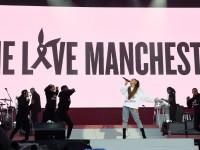 Ariana Grande reanuda gira en París tras atentado de Manchester