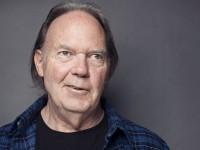 Neil Young incluye imágenes de las protestas en Venezuela en su nuevo videoclip