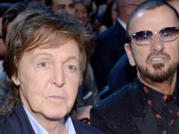 Ringo Starr y Paul McCartney se reúnen en nueva canción: 'We're On The Road Again'