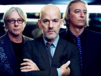 "Álbum doble de R.E.M. inspira la serie ""Unplugged"" de MTV"