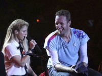 Shakira cantó 'Yellow' con Coldplay